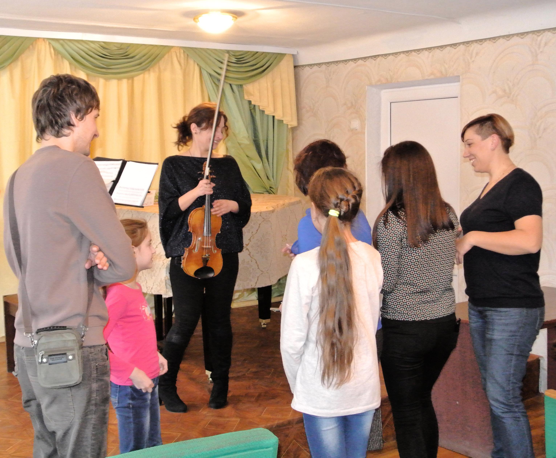 МУЗИКА РЯТУЄ – Реабілітація дітей із зони АТО за допомогою мистецької та музичної терапії